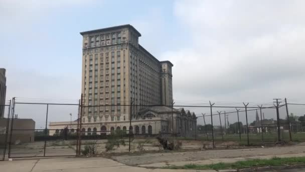 General view of a building in Detroit