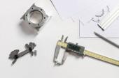 Műszaki rajz- és digitális nóniuszos féknyergek, mérőeszközök