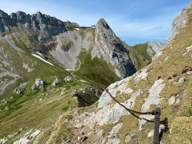 Trails for walking, hiking, sports and recreation on the slopes of the Pilatus massif and in the alpine valleys at the foot of the mountain, Alpnach - Canton of Obwalden, Switzerland (Kanton Obwalden, Schweiz)