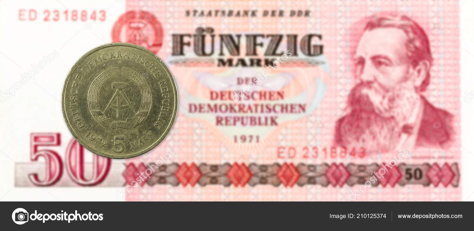 Mark Münze Gegen Historische Ddr Mark Banknote Redaktionelles