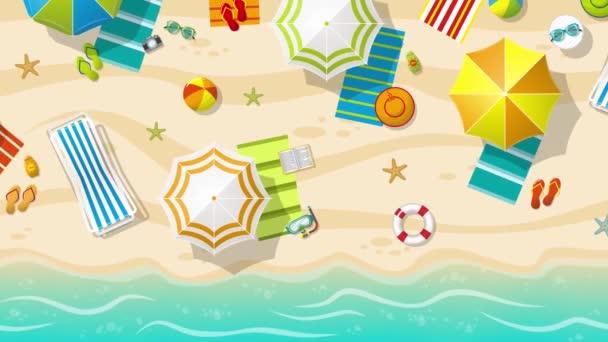 Pláž se slunečníky, pohled shora