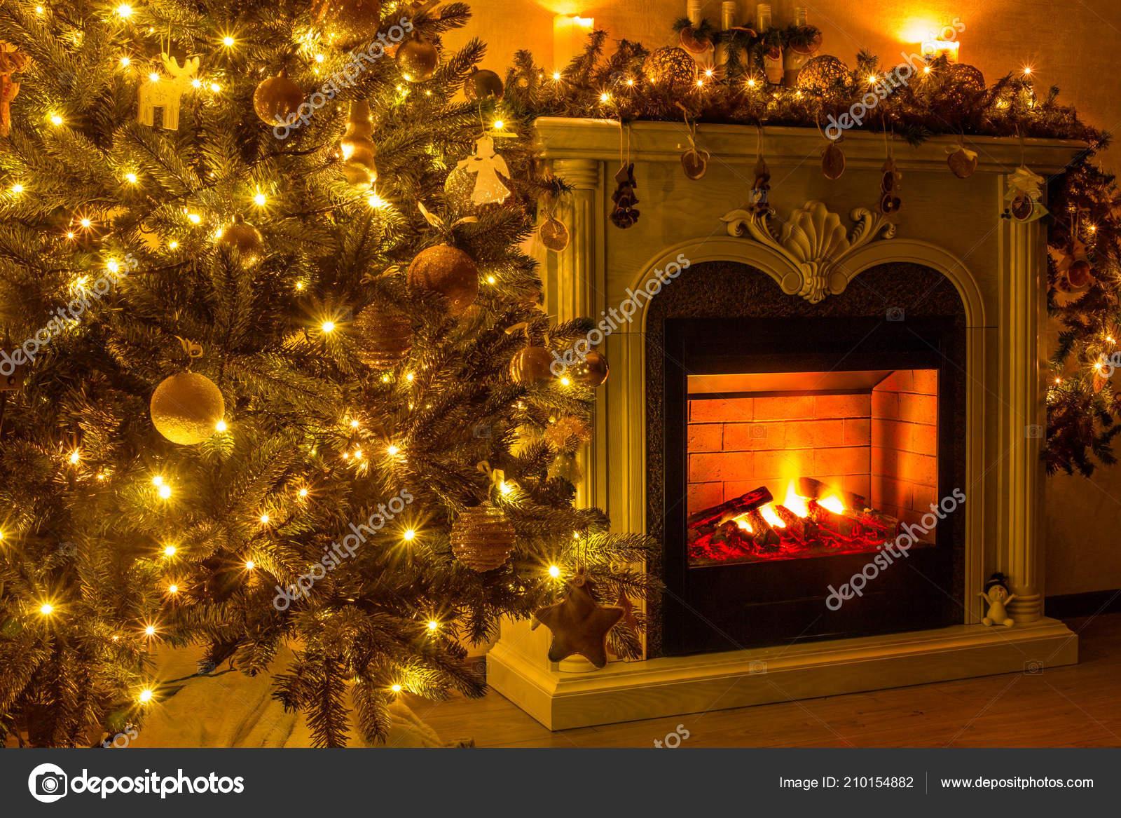 Decorazioni Sala Capodanno : Vigilia capodanno natale felice anno nuovo accogliente sala dove