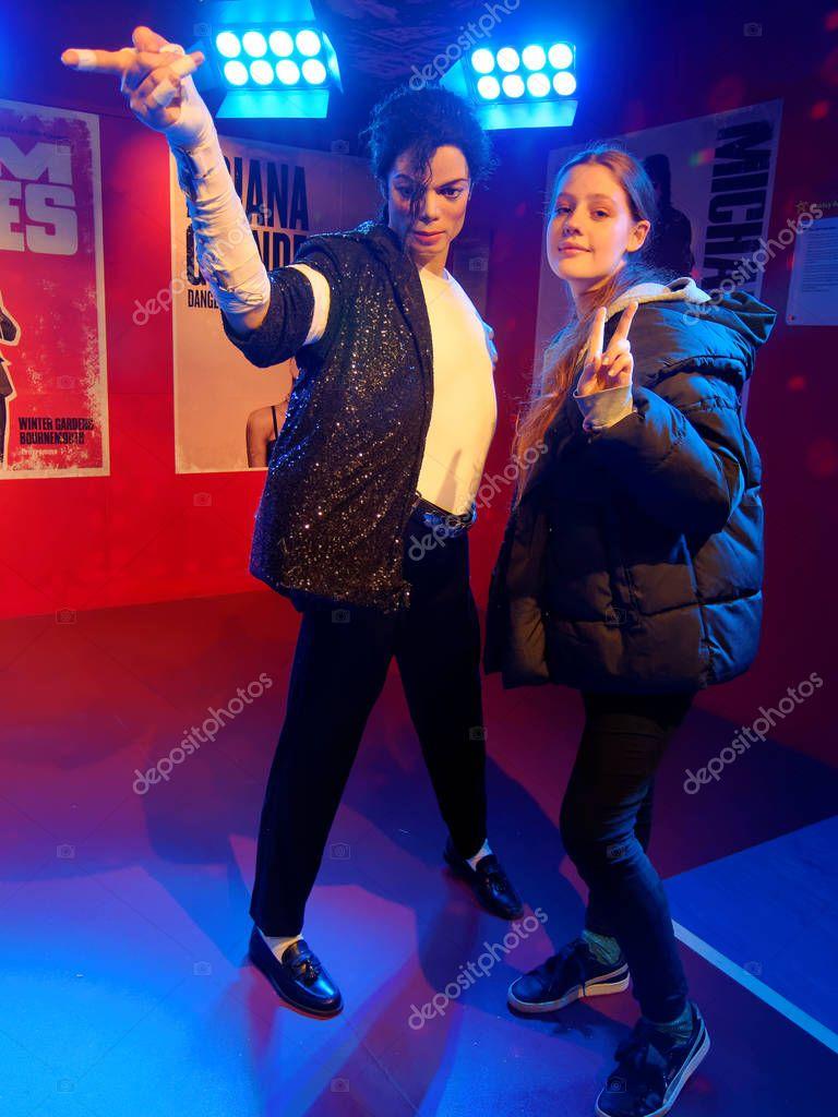 1c8eaae7123 Αθήνα Ιανουαρίου Madame Tussauds Ηνωμένο Βασίλειο 2018 Μάικλ Τζόζεφ Τζάκσον  – Εκδοτική Εικόνα Αρχείου © padmak #209250180