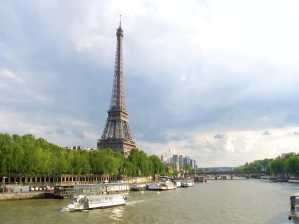 Eifel tower in paris wideshot