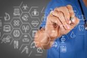 Gesundheitswesen und medizinische Dienstleistungen Konzept mit flachen Linie ar interface.smart Arzt arbeiten mit Stethoskop.