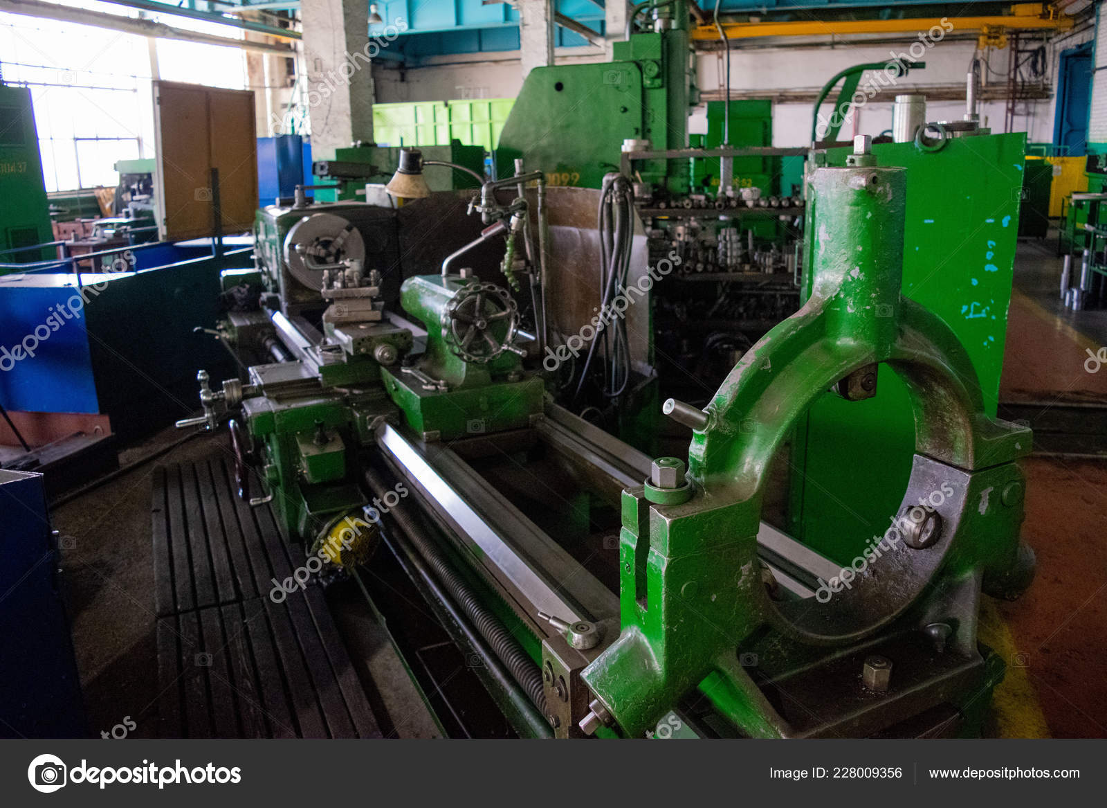 Produce industrial metal-cutting machines