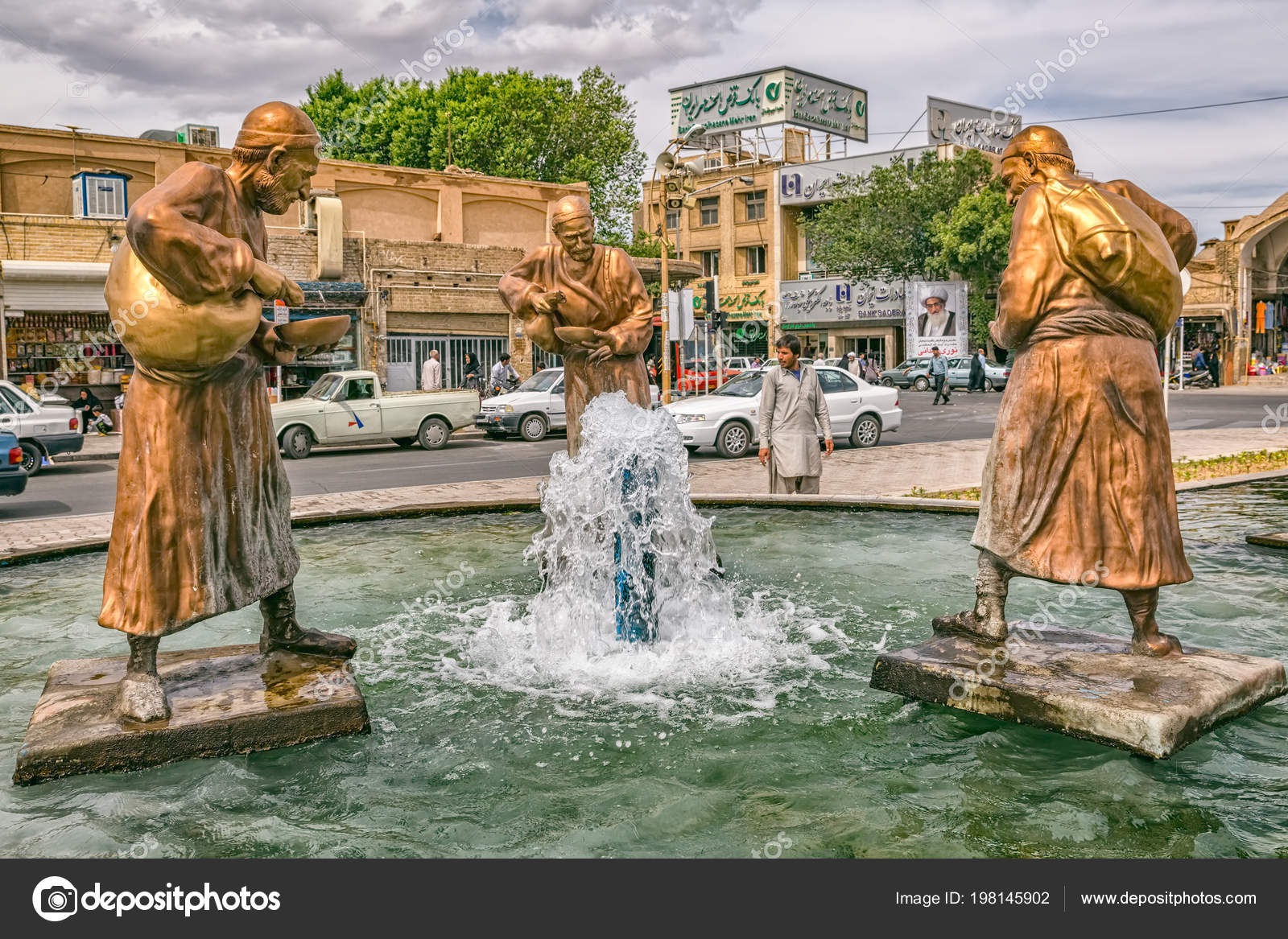 Image of: Yazd Stock Three Old Travelers Statues In Yazd Stock Photo Depositphotos Three Old Travelers Statues In Yazd Stock Editorial Photo