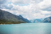 Fotografie Nádherná krajina s jezerem Gjende, hřeben Besseggen, zahrnuje národní Park Jotunheimen, Norsko
