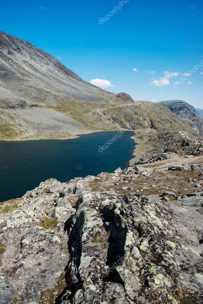 Фотообои beautiful Gjende lake, Besseggen ridge, Jotunheimen National Park, Norway