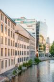 Fotografie krásné moderní architektura a nábřeží v Oslu, Norsko