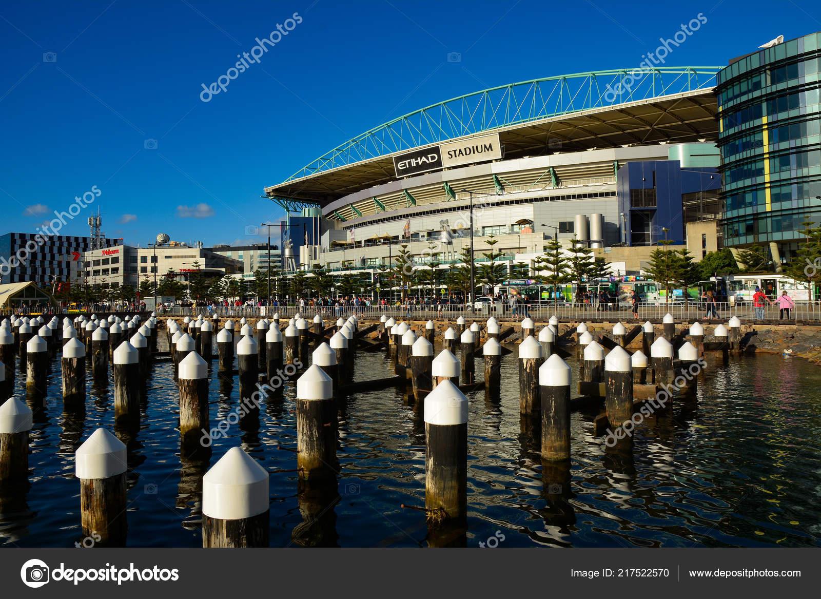 Etihad Stadium Docklands Melbourne Australia Venue Sport Entertainment  Events – Stock Editorial Photo © momo11353@hotmail.com #217522570