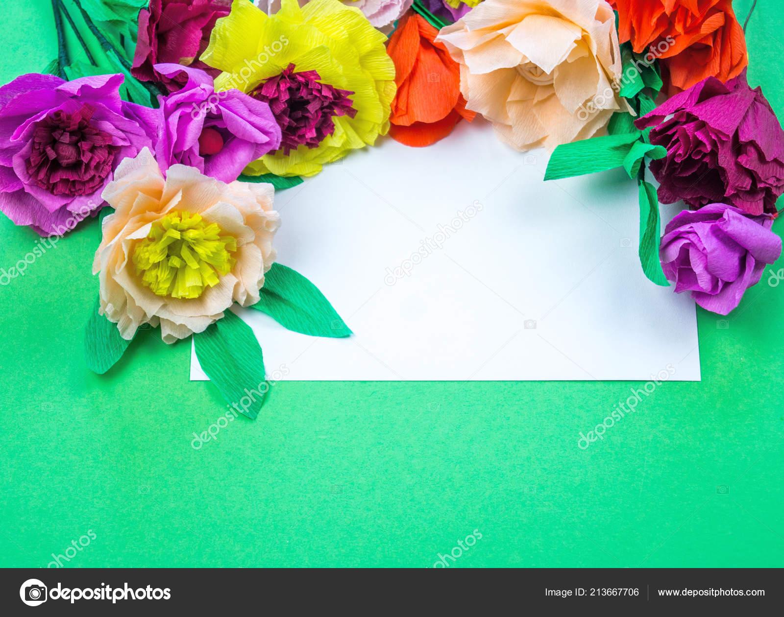 Utensílios Ferramentas Para Fazer Flores Papel Crepom Sobre Fundo