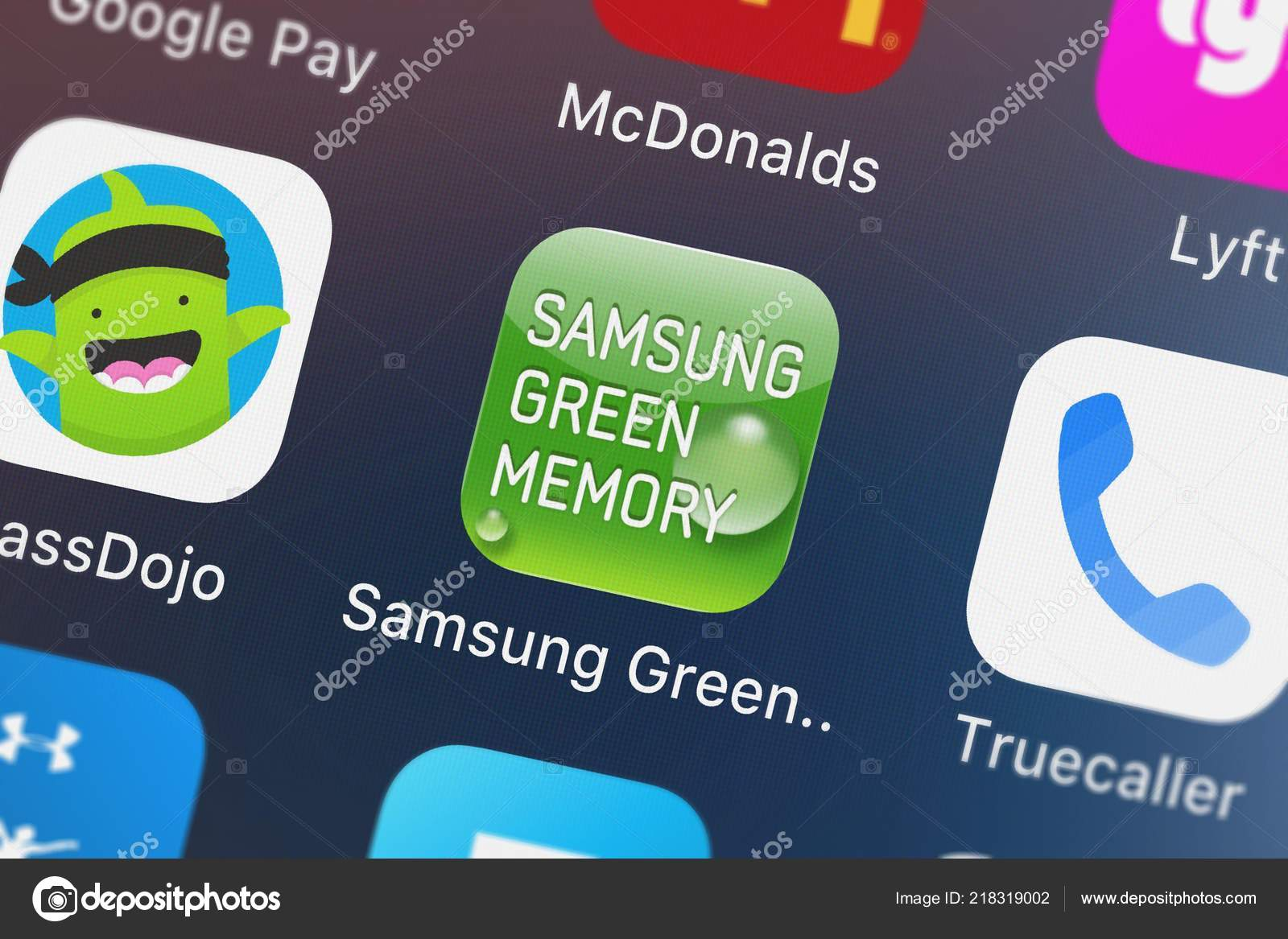 London United Kingdom October 2018 Screenshot Samsung Green