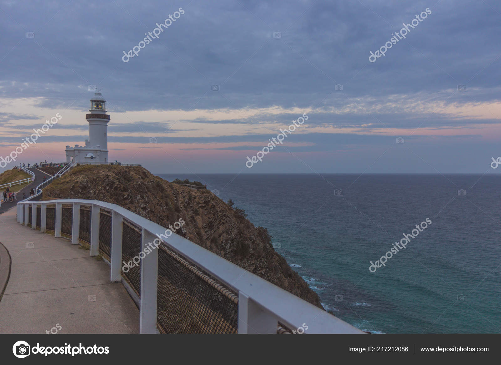 View White Lighthouse Cliff Walkway Ocean Waves Clouds Byron