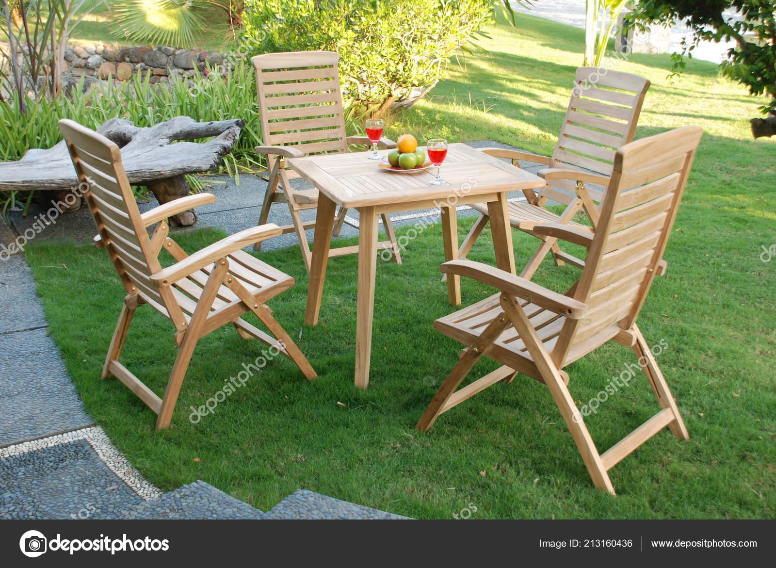 Teak Gartenmöbel Set Stockfoto Logonesia 213160436