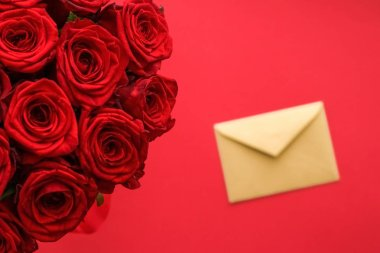 Love letter and flower delivery service on Valentines Day, luxur
