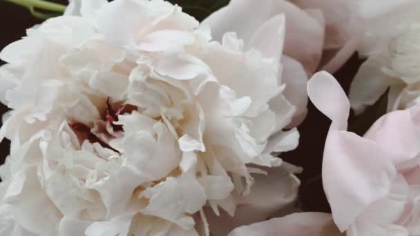 Vintage bazsarózsa, pasztell bazsarózsa virágok virágzik, mint nyaralás, esküvő és virágos háttér