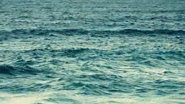 Překrásná pláž Byron Bay v Novém Jižním Walesu.