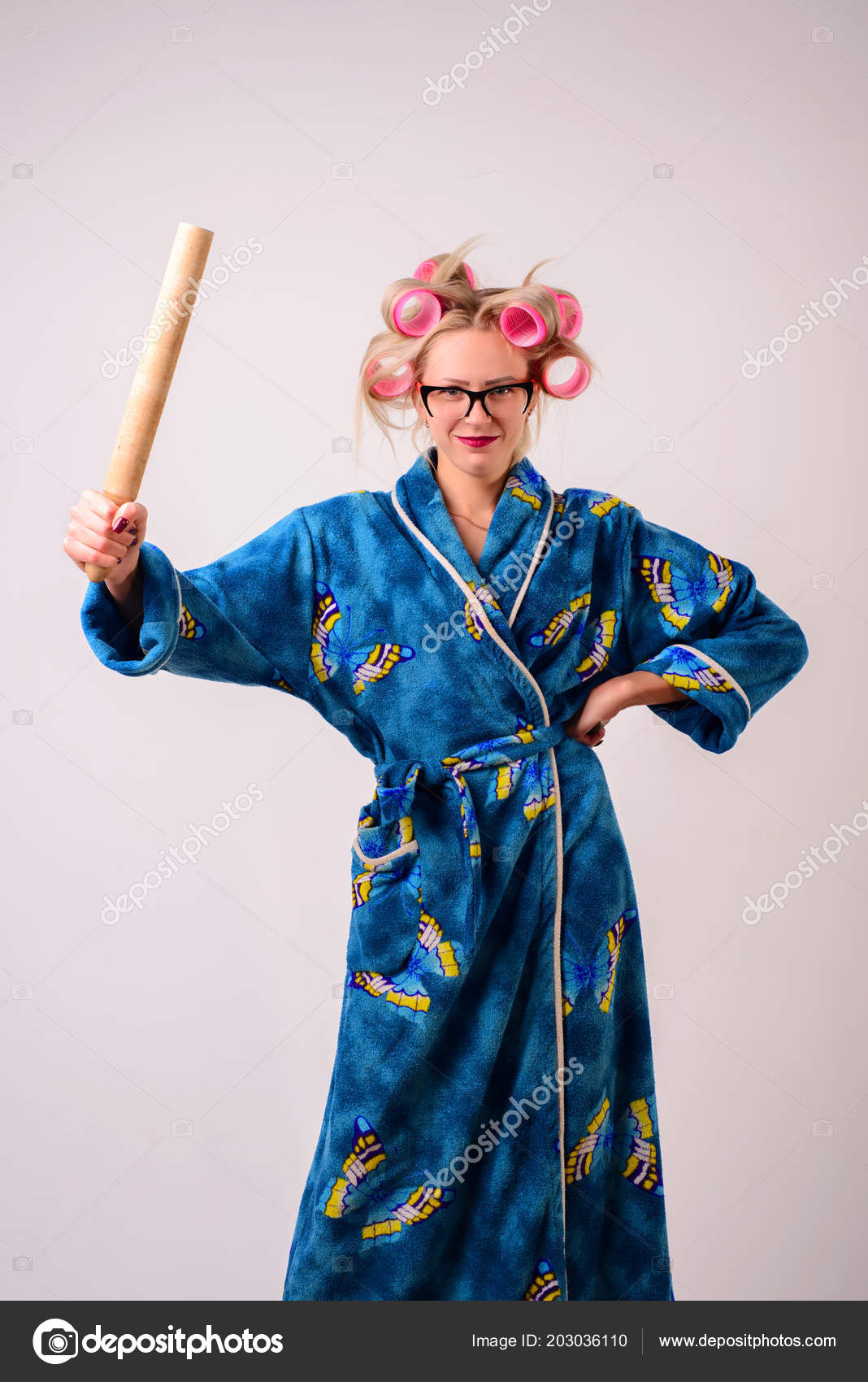 Smiling Woman Housewife Dressing Gown Curlers Ladle Her Hand — Stock ...