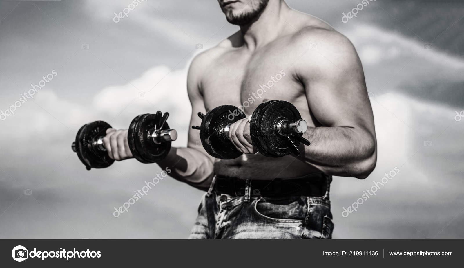 ejercicios para pecho hombros y triceps