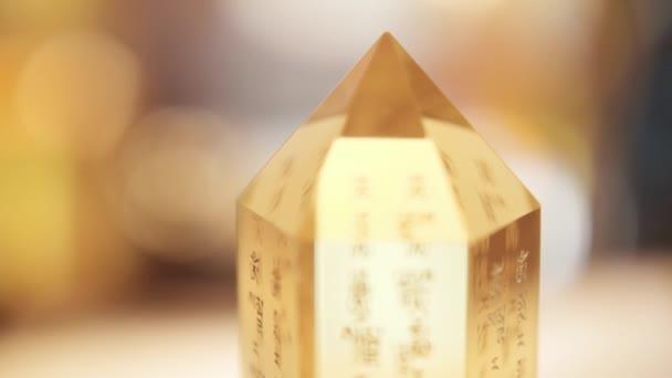 Cristal fengshui zaměření překlad