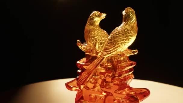 Feng shui skleněné sošky symbolem plodnosti zblízka