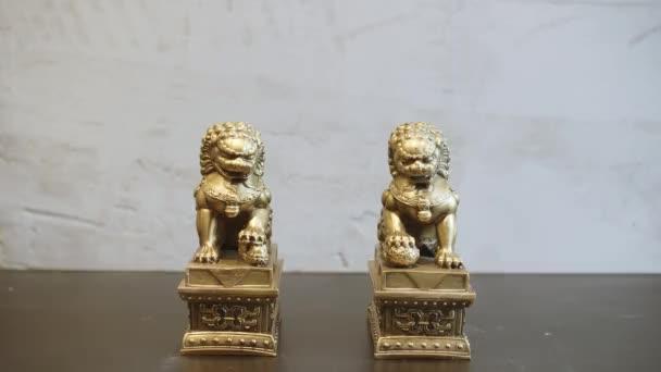 Nebeský lvi Buddhy, pes lvi pes Fu