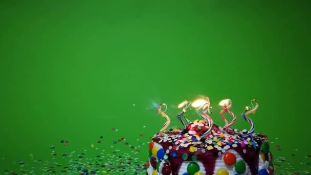 Boldog születésnapot torta zöld háttér