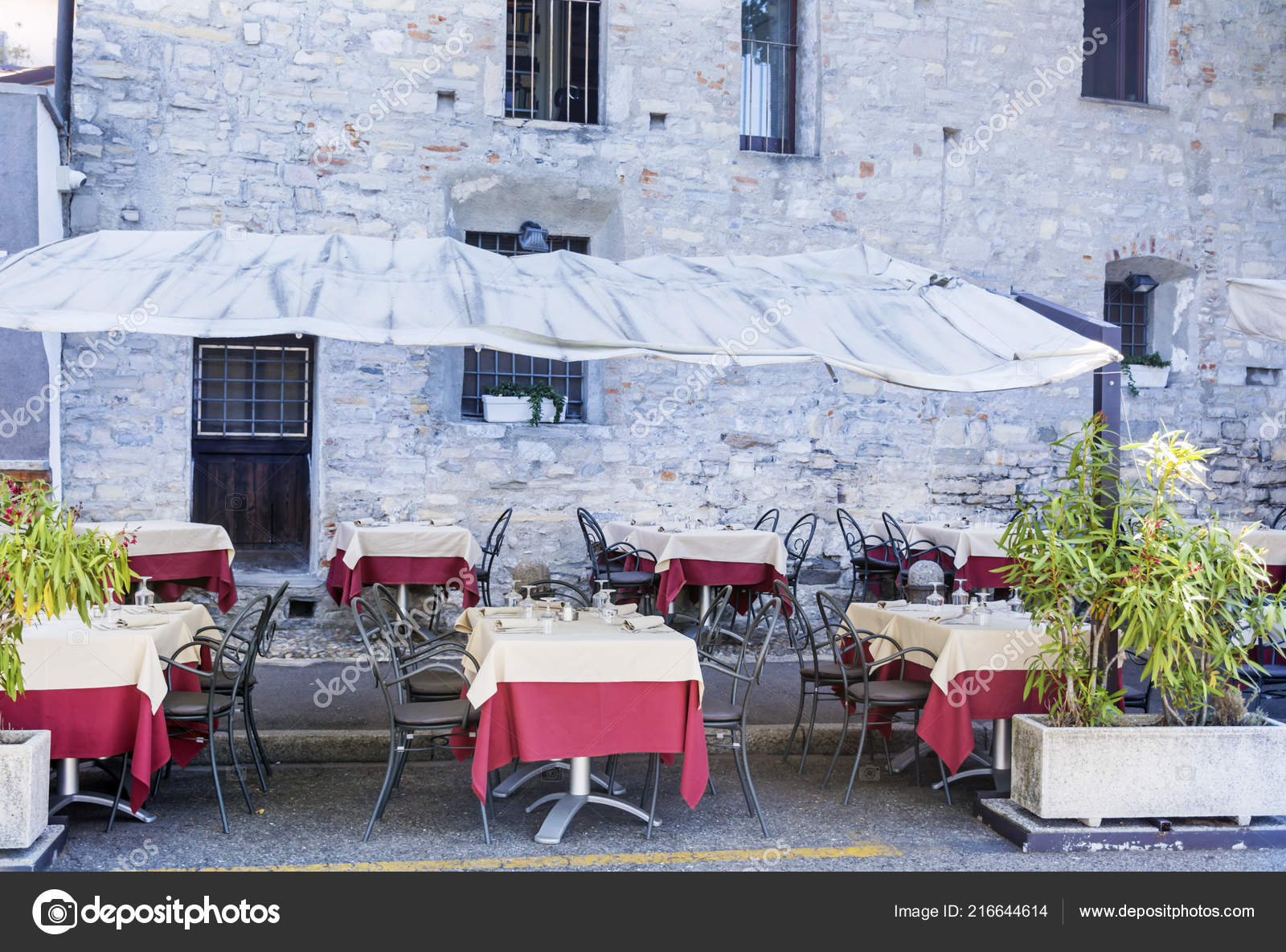 Italian Outdoor Restaurant White Umbrellas Italy Stock Photo C Brnmanzurova Gmail Com 216644614