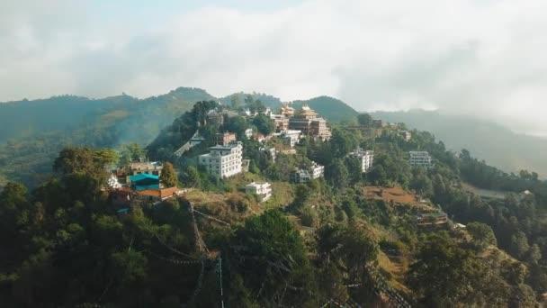 Starověké buddhistický klášter v Nepálu Himálaje ze vzduchu