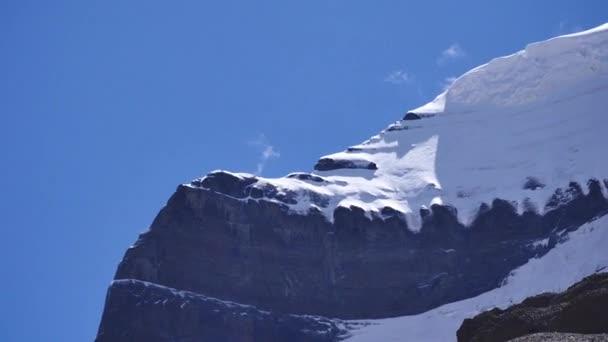 kailash - der heiligste Berg Tibets. Objekt der Pilgerfahrt von Buddhisten, Hindus, Jains und Adepten der Bonreligion. Heimat des Herrn Shiva.