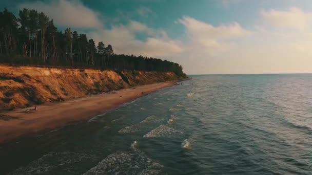 Sonnenuntergang in Küstennähe Ostsee Jurkalne Luftaufnahme Lettland