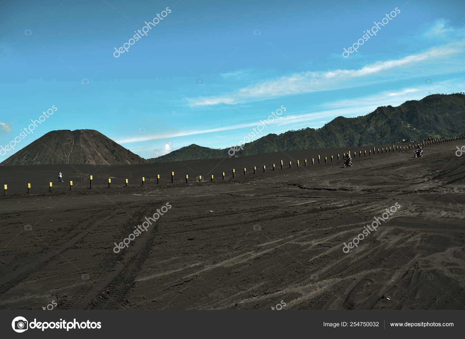 Malang East Java Indonesia April 2 2019 Unrecognized People Landscape Agricultural Field The Summer Season The Car Tracks On The Ground With A Dramatic Cloudy Sky Stock Editorial Photo C Olanstock 254750032