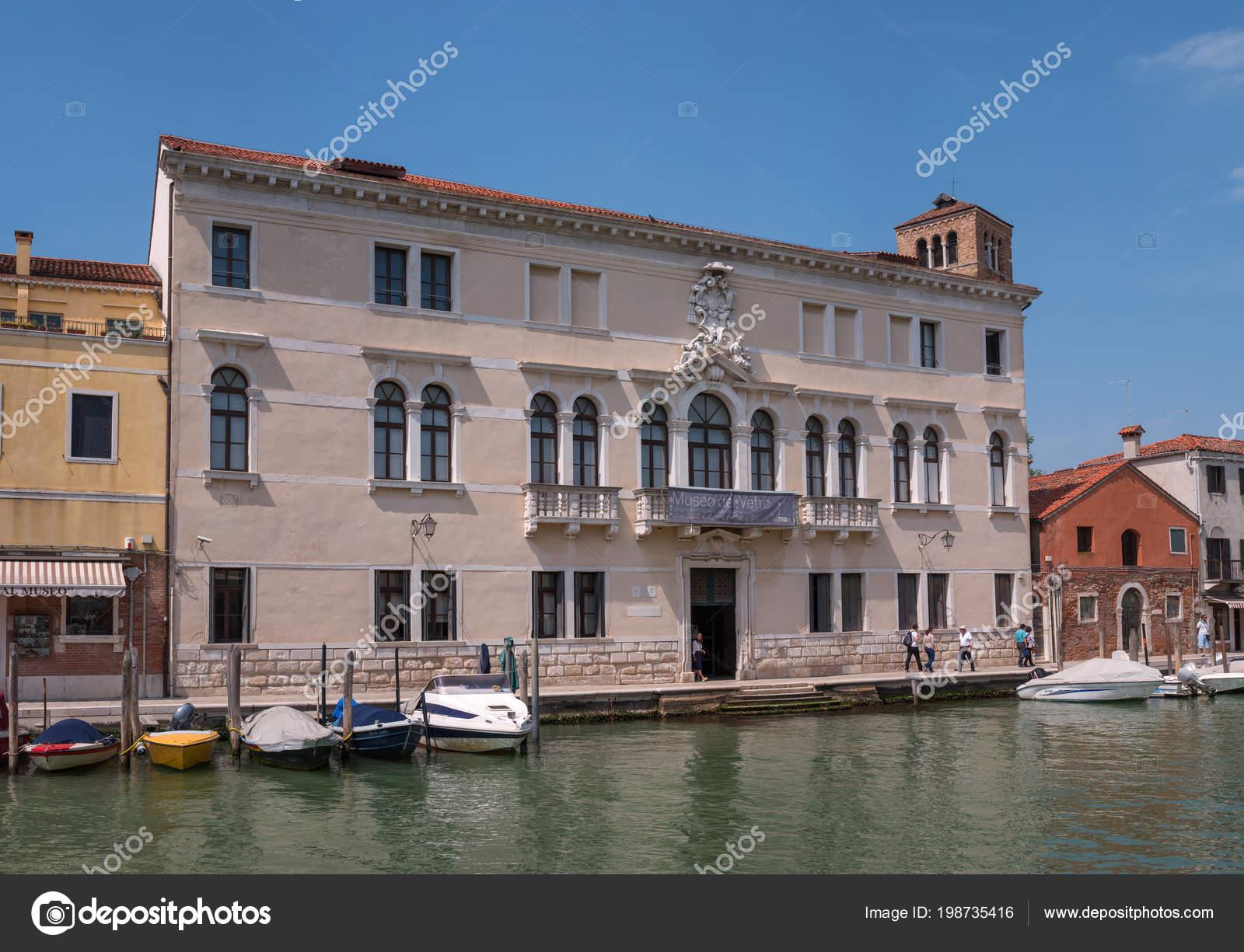 Museo Del Vetro Murano.Venezia Italia 7 Maggio 2018 Museo Del Vetro Sull Isola