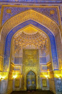 Samarkand Registon Square 13