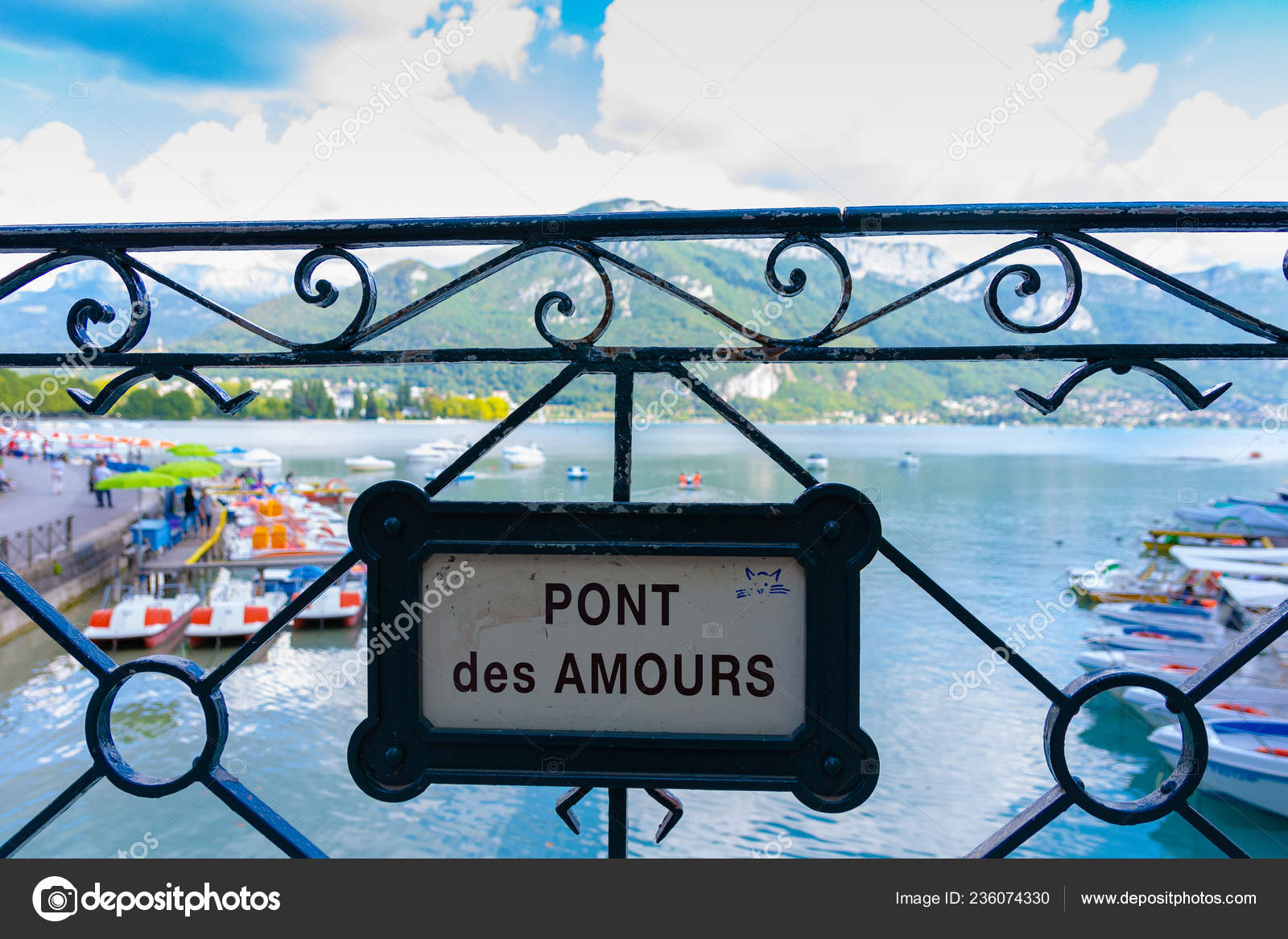 анси франция 2018 сентября мост Pont Des амурных знак