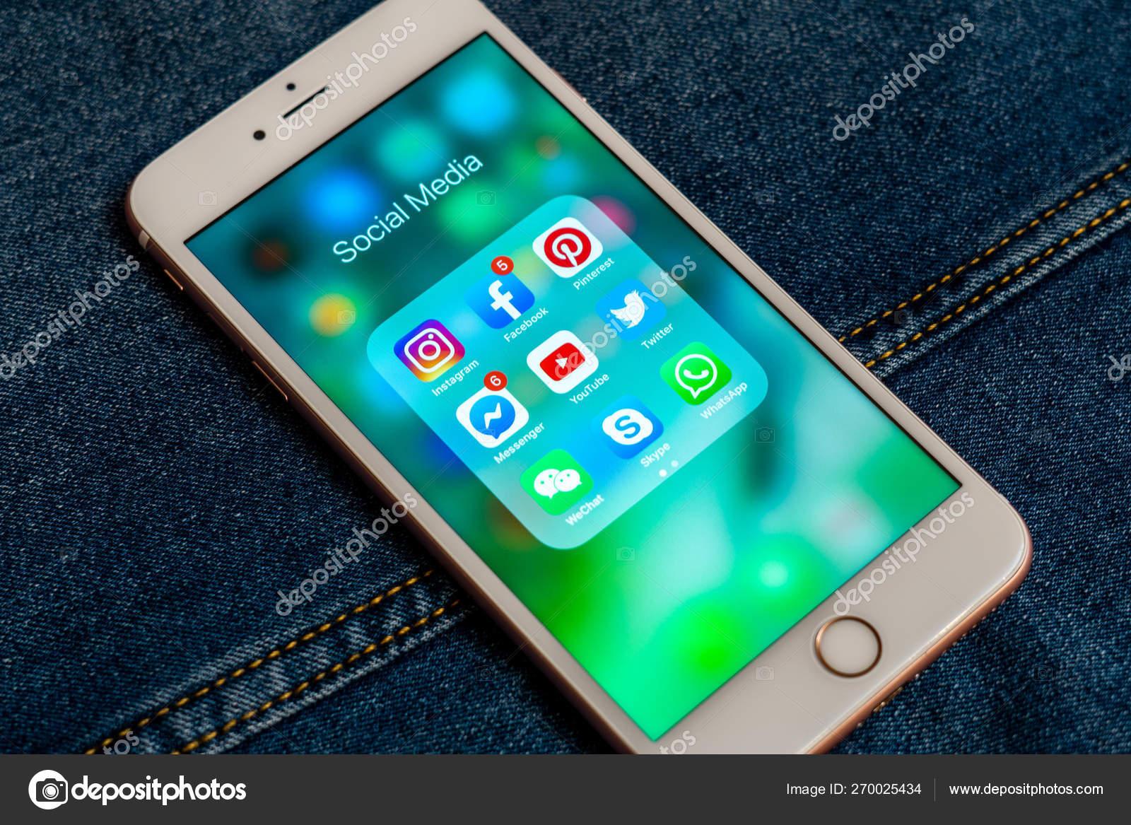 Tallinn Estonia May 2019 White Apple Iphone Icons Social