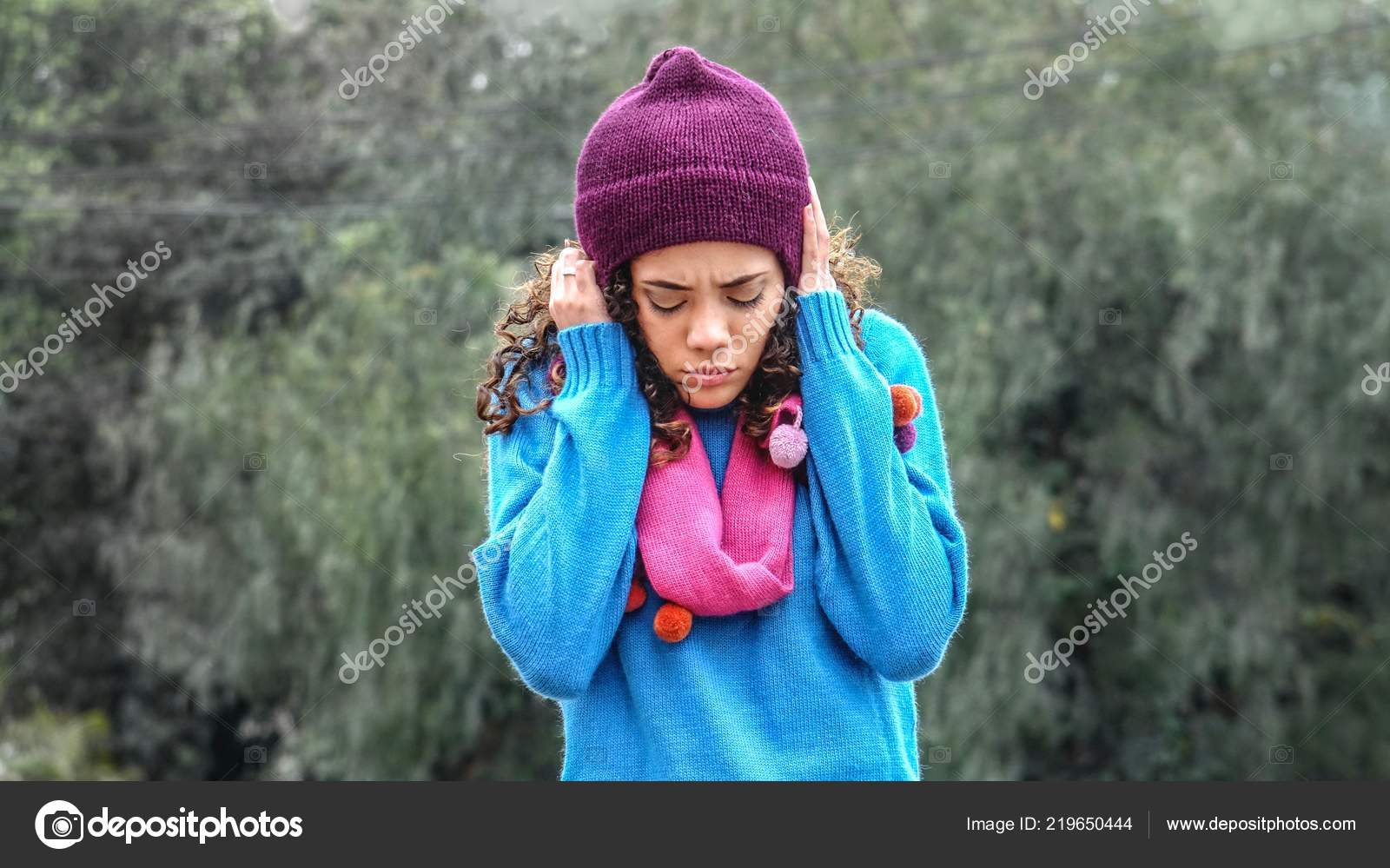 Cute Peruvian Girl And Depression Wearing Sweater — Photo by dtiberio