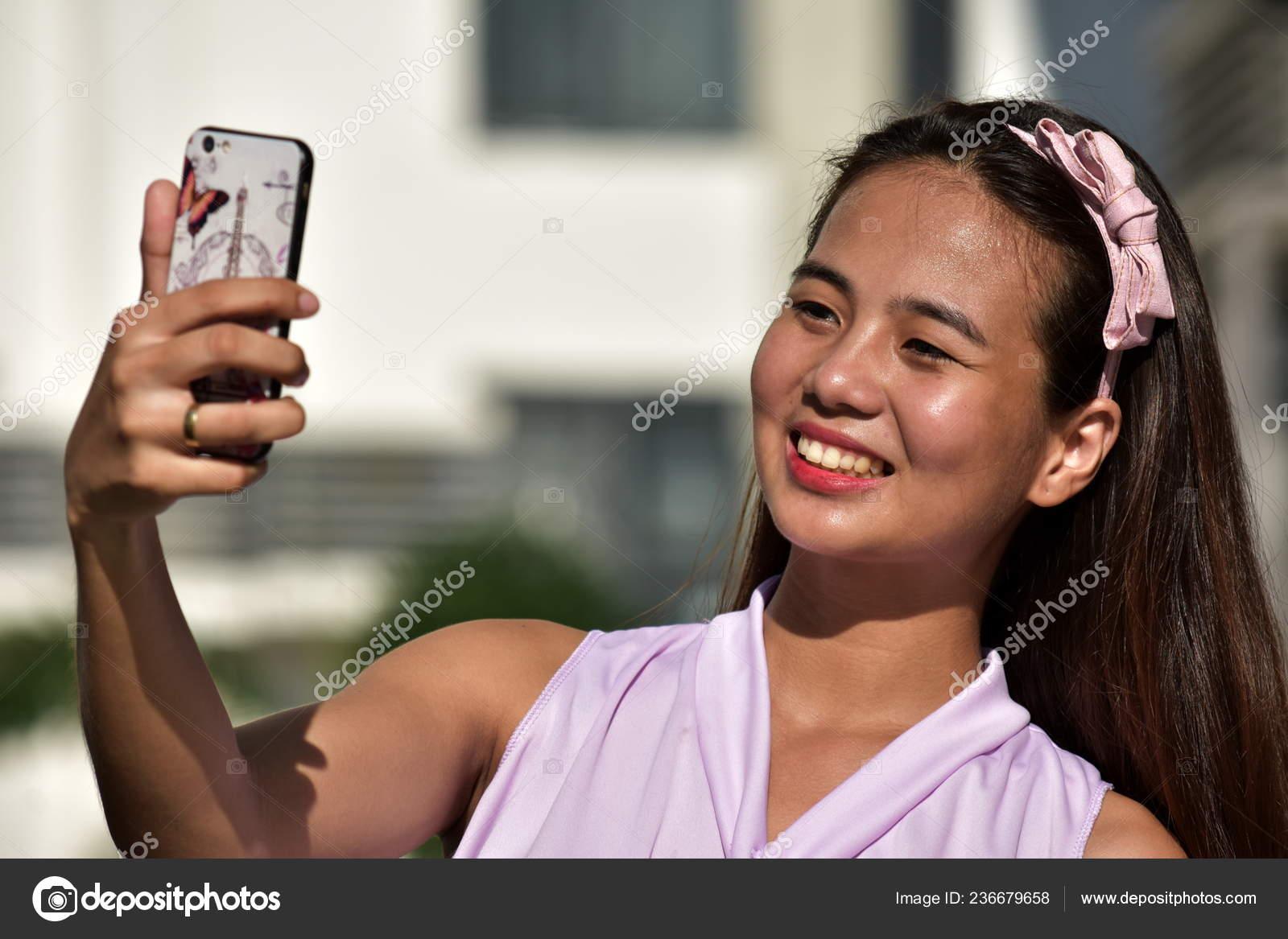 pretty filipina women