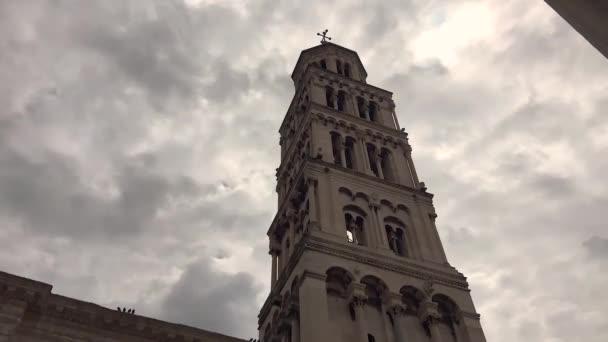 Časová prodleva mraků nad katedrálou svatého Domnius Split, Chorvatsko. Navštivte oblast Dalmácie