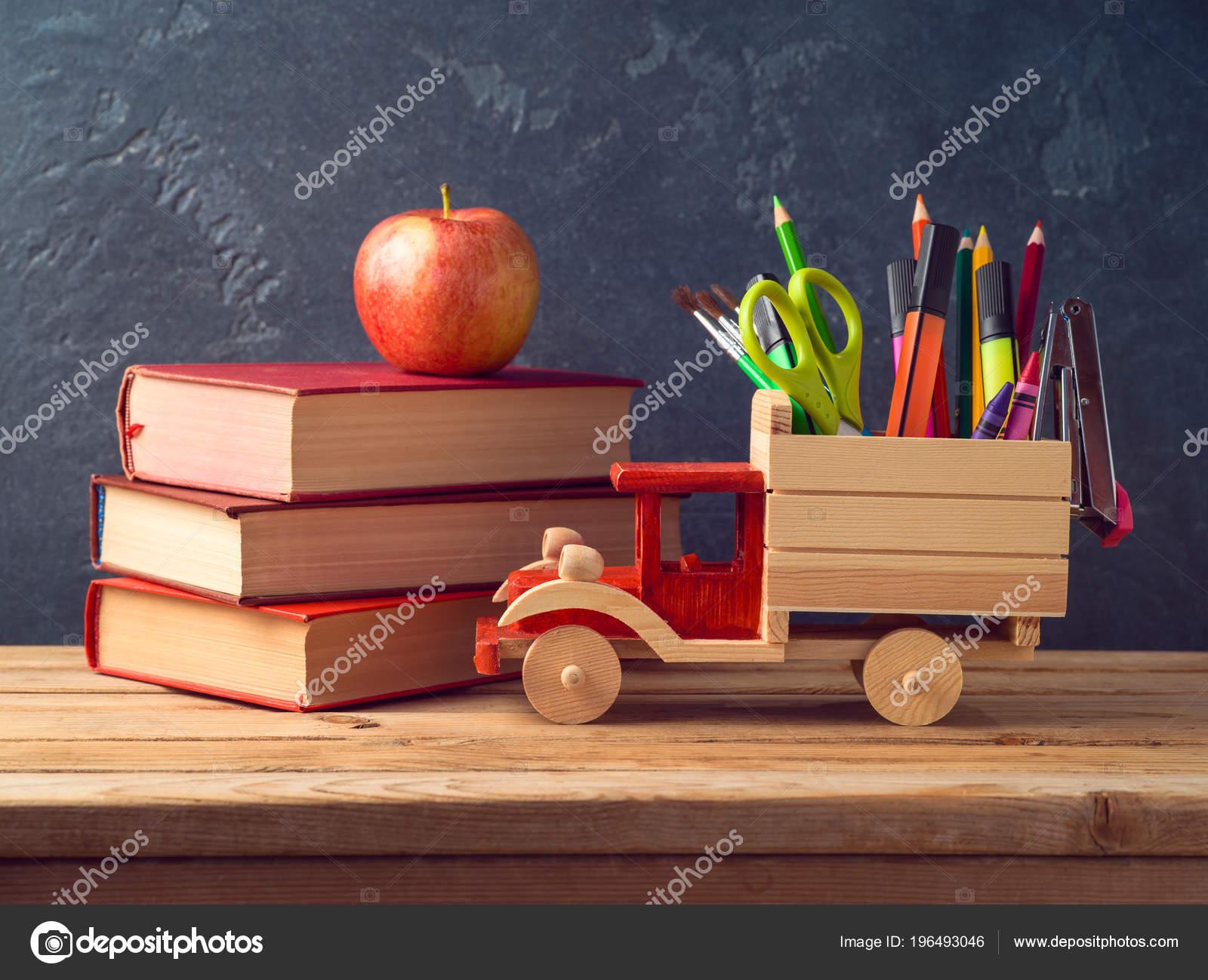 Imagenes Utiles Escolares Antiguos Regresar Concepto Escuela Con