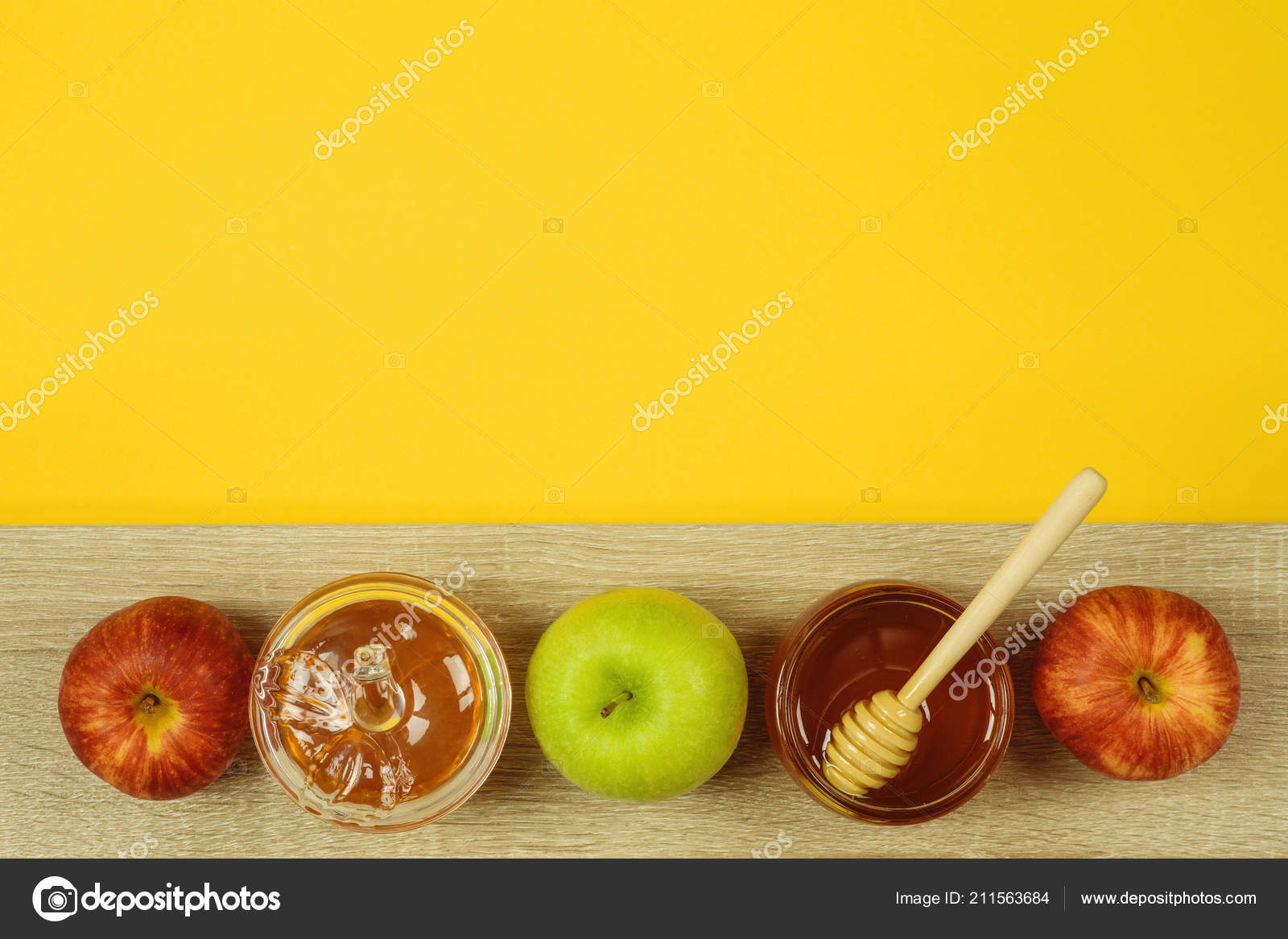 Rosh Hashanah Backdrop 8x6ft Happy New Year Photography Background Sunny Sunlight Shofar Sweet Honey Apple Wooden Table Nature Scenery Jewish Traditional Holiday Photo Prop Studio Decor