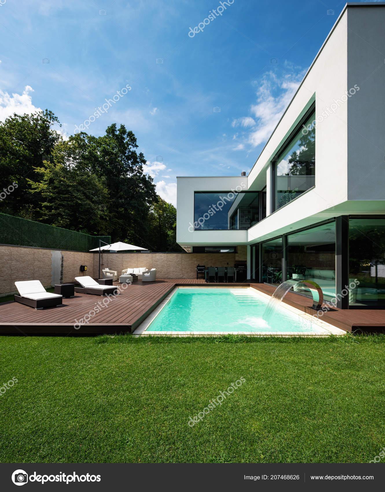 Äußere Moderne Weiße Villa Mit Pool Und Garten Niemand Inneren U2014 Stockfoto