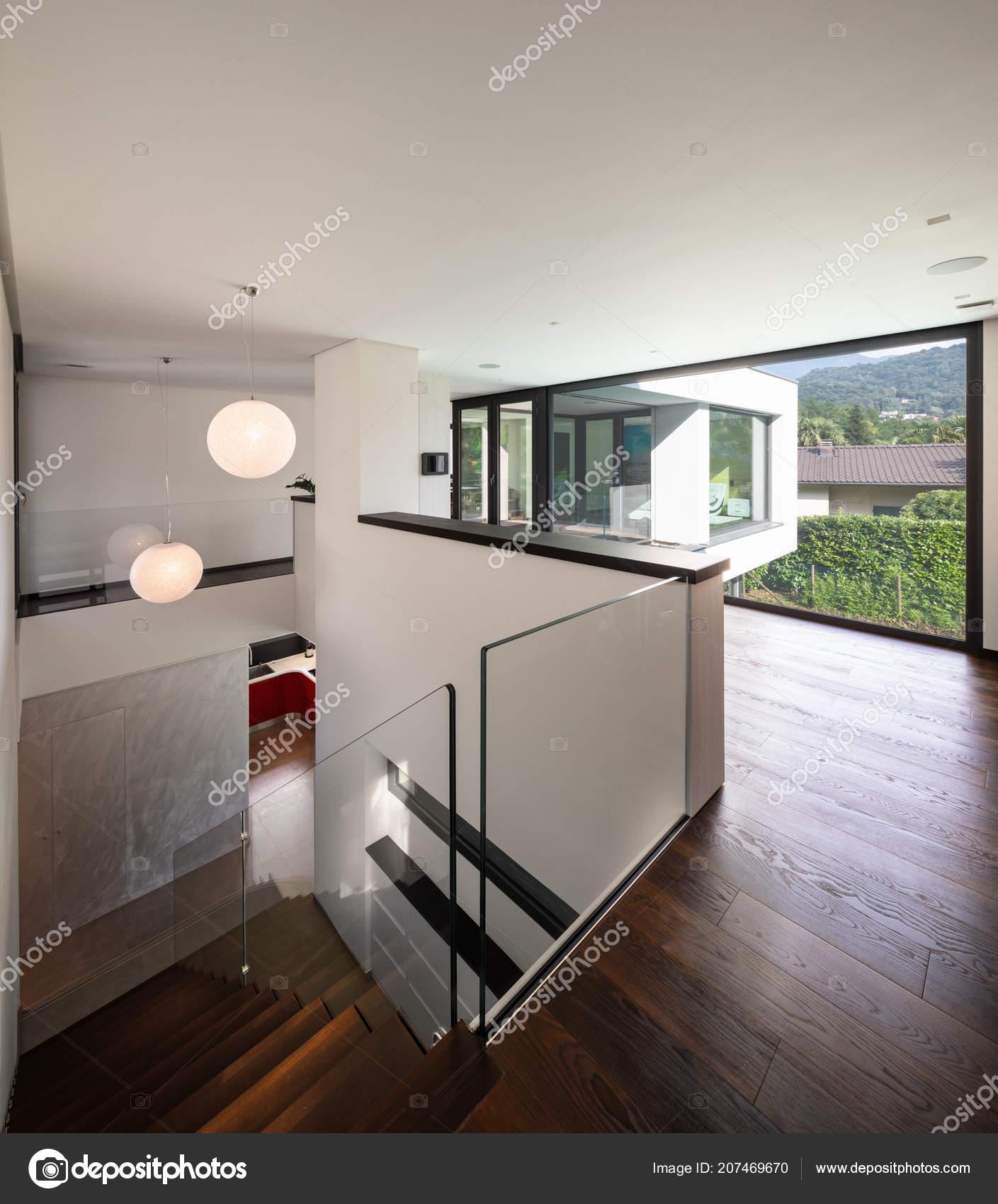 Favorit Flur Und Treppenhaus Holz Mit Großen Fenster Modernen Villa XC31