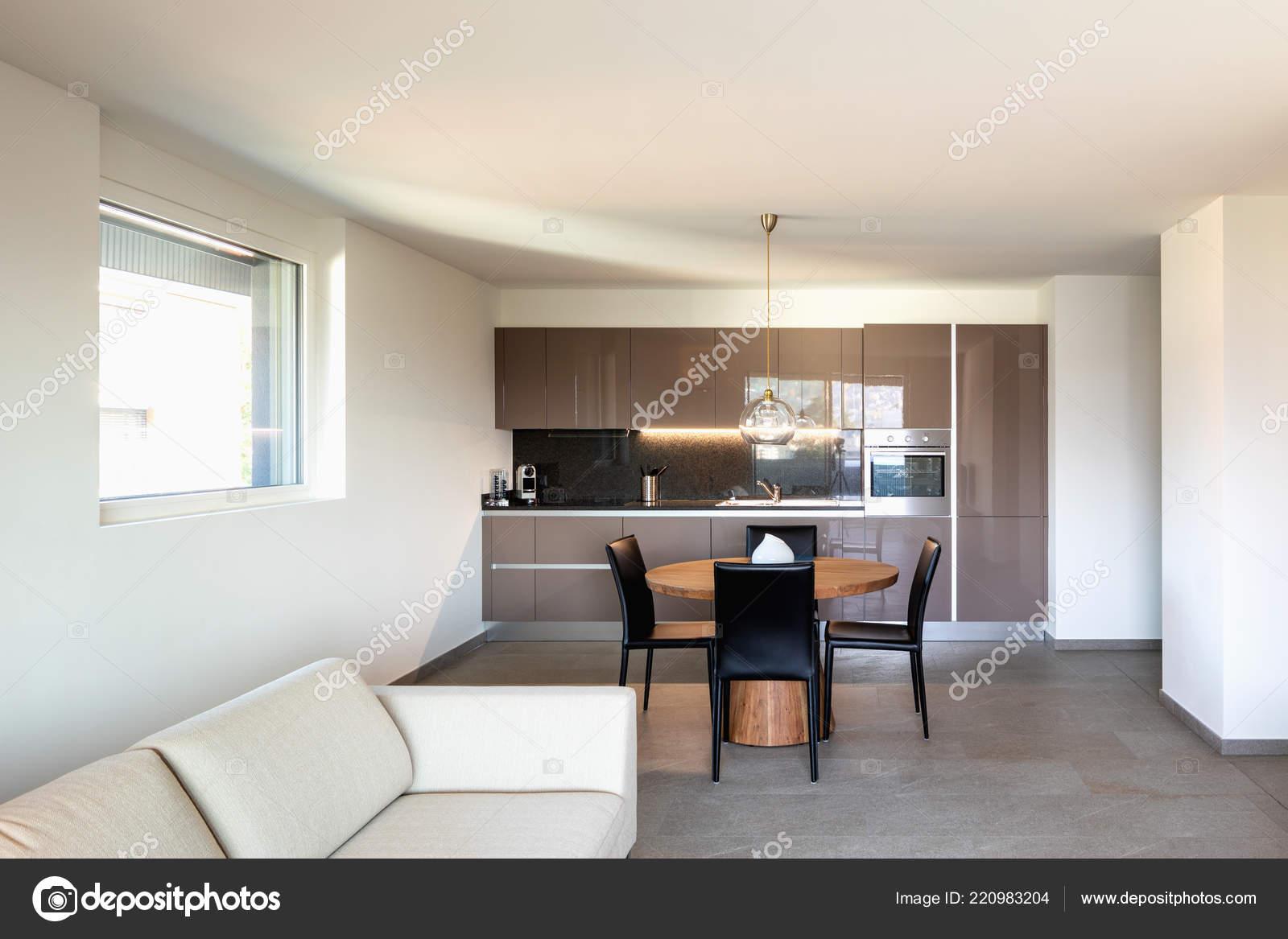 Moderno Appartamento Soggiorno Cucina Spazio Aperto Nessuno All ...