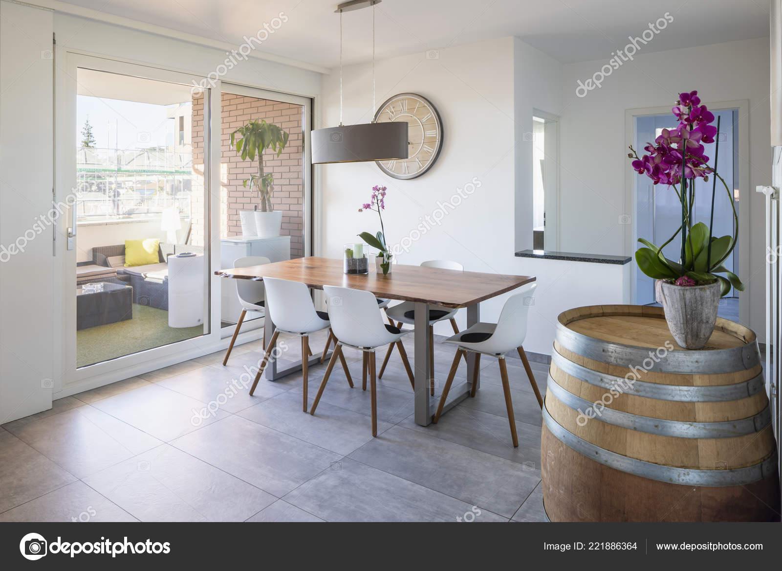 Comedor Diseño Con Orquídeas Terraza Nadie Dentro Foto De