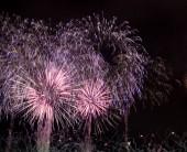 Tűzijáték háttér, fesztivál évforduló, újévi karácsonyi show.