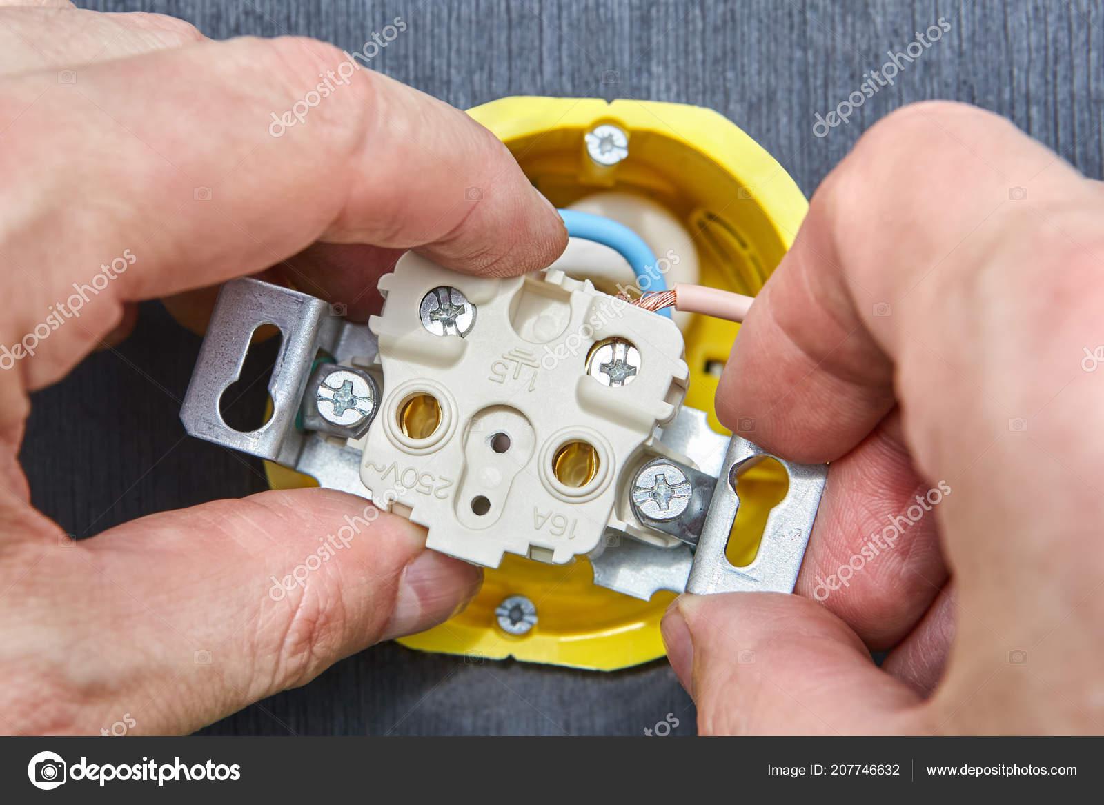 Electrical Socket Wiring