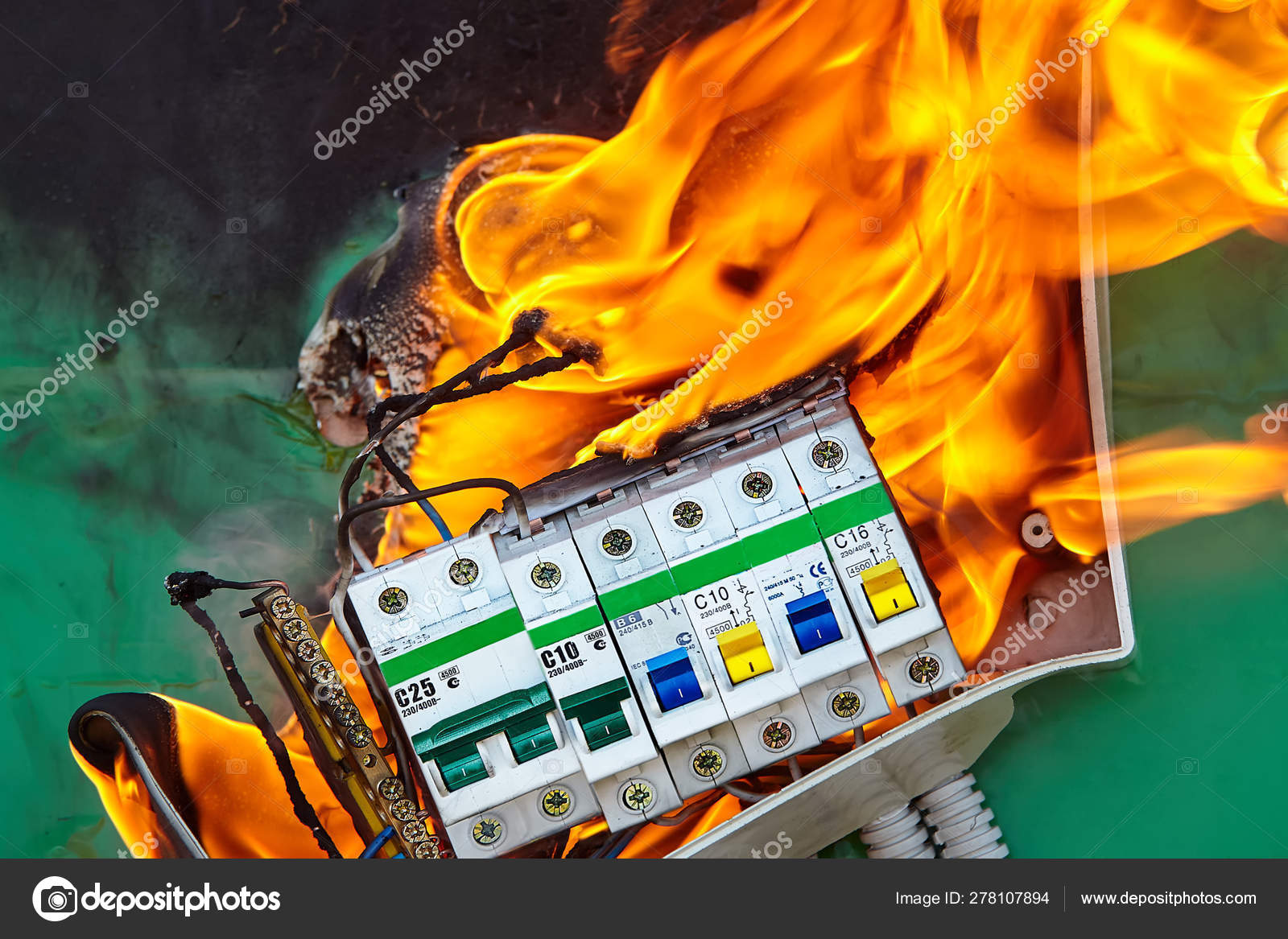 Electrical Circuit Games