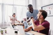 Selektivní zaměření multikulturních podnikatelů při práci v úřadu na pěst